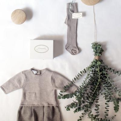 Tiendas de ropa infantil en internet. Comprar online vestidos, abrigos, pantalones, faldas...