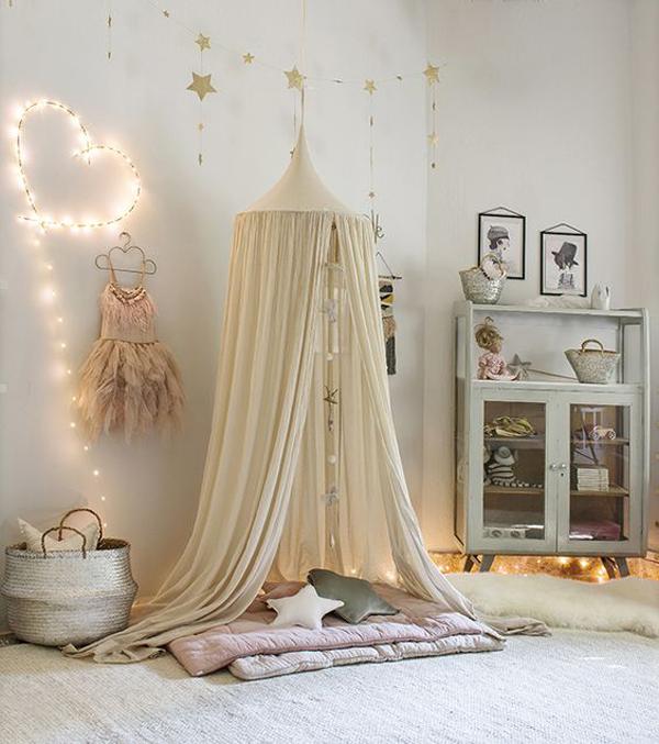 Nuevas ideas rom nticas para iluminar el cuarto del beb for Iluminacion habitacion bebe