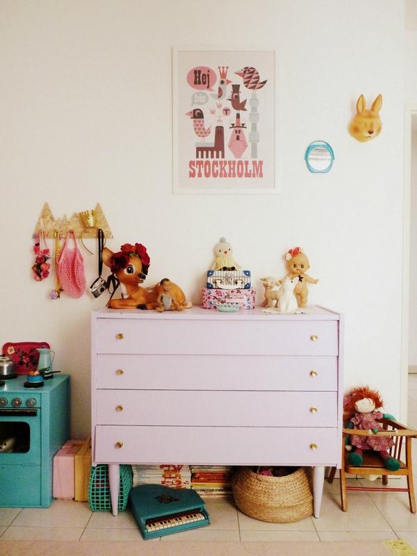 habitacion-infantil-eclectica-almacenaje
