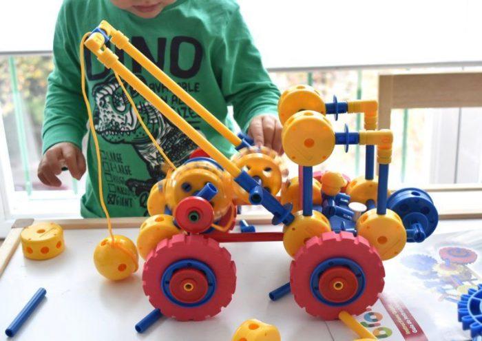 Resultado de imagen para diseñar, crear juguetes
