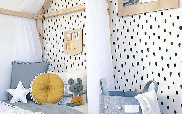 Pintura vs papel pintado en habitación infantil